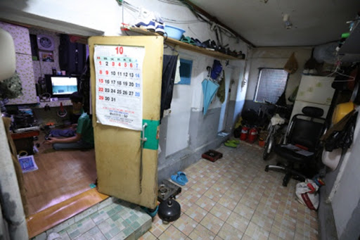 Living conditions in semi-basement apartments depicted in 'Parasite' will be improved by Seoul government 32