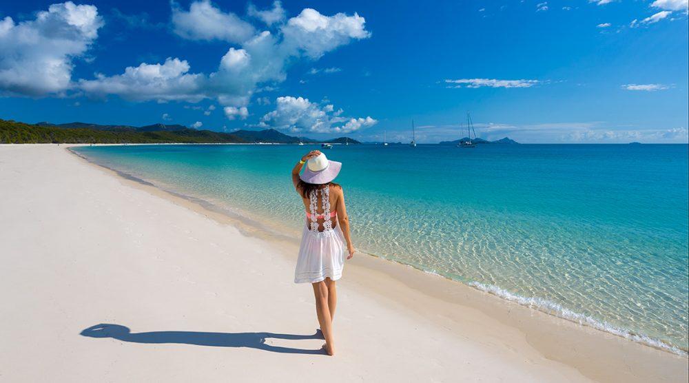 Meet the 3 must-visit beaches around the world. 67