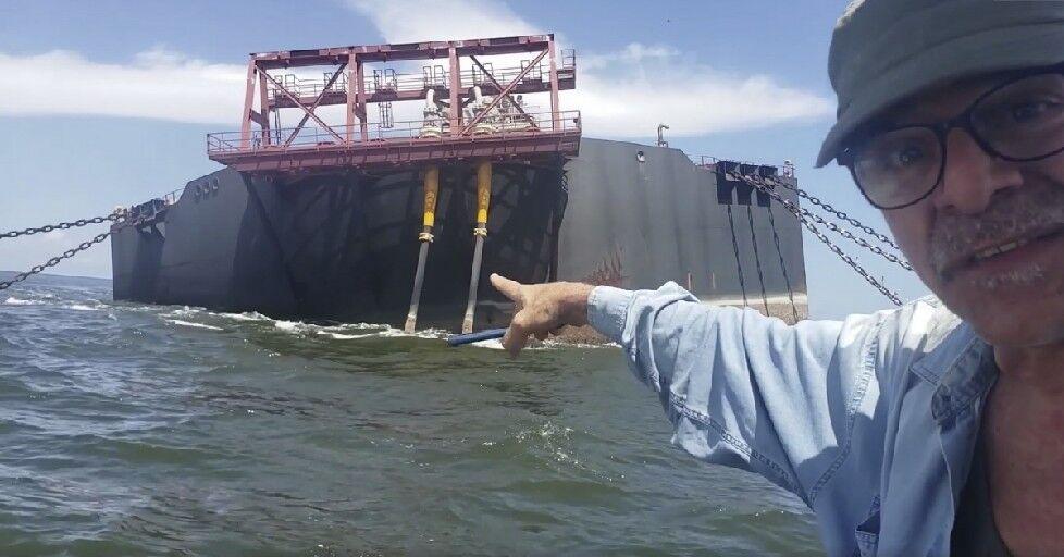 Tilting Venezuelan oil tanker could trigger 2nd worst oil spill in human history 98