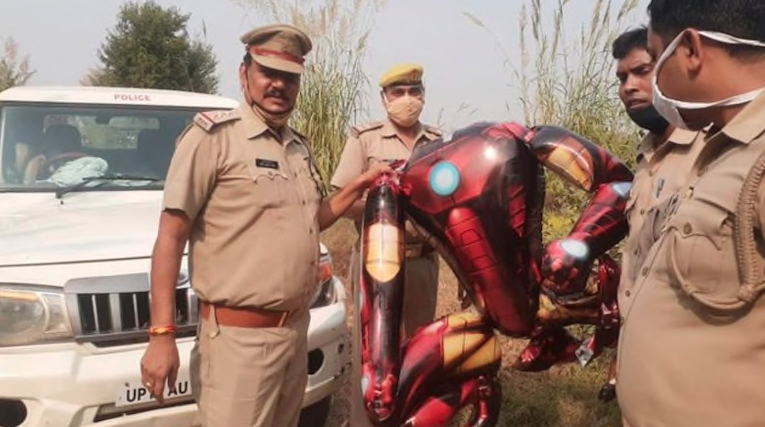 Floating IronMan balloon sparks Alien invasion fear in India 98