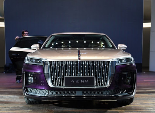 China's Hongqi H9 has an even more ridiculous grille than BMW's new design philosophy 75