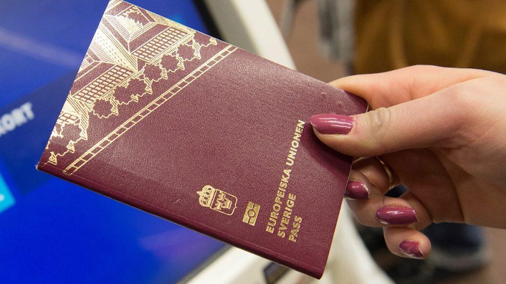 2021 top ten, World's most powerful passports 73