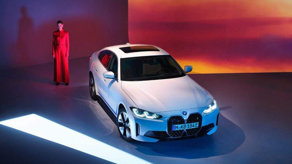 BMW unveils its first stunning electric sedan - the BMW i4 56