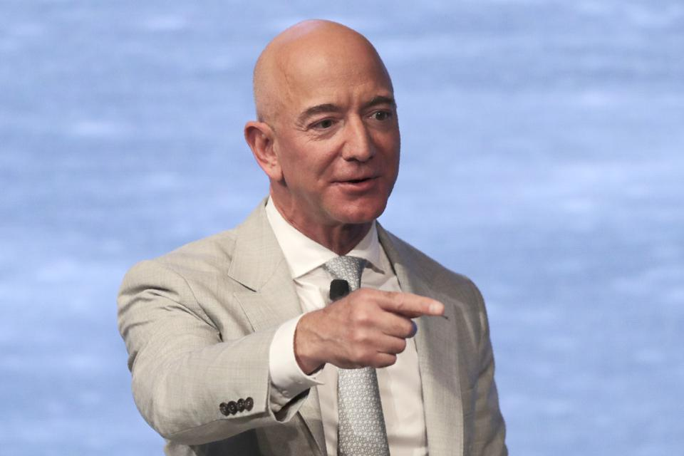 Jeff Bezos not happy with NASA contract to Elon Musk; starting a push back 56