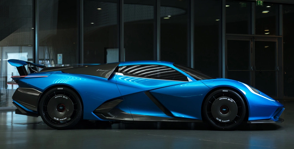Estrema promises an EV with 2040-hp & 520km range, using solid state cells 74