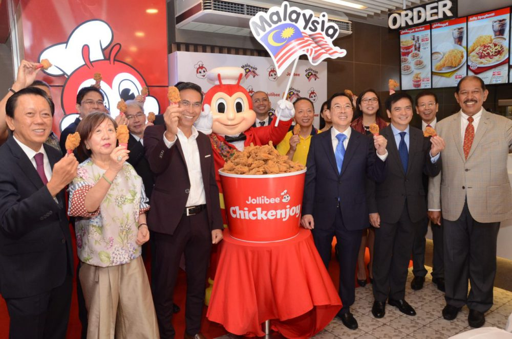 Famous Filipino Fried Chicken, Jollibee, to open 120 outlets in Malaysia starting 2022 74