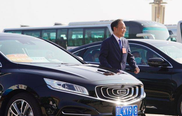 Founder of Chinese car maker, Geely, venturing into smartphone business 56