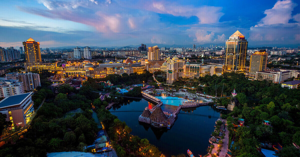Malaysian tycoon, Jeffrey Cheah, wins Singapore housing site bid worth $277 million 74